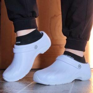 White Non-slip Clogs Size 7